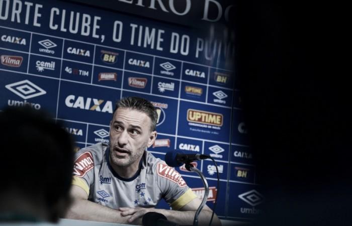 Paulo Bento elogia contratações do Cruzeiro e destaca desafio de enfrentar líder Palmeiras