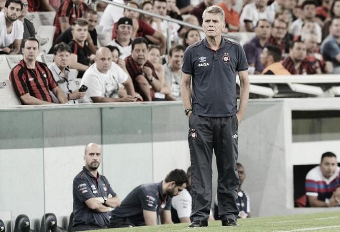 """Paulo Autuori parabeniza Grêmio após derrota fora de casa: """"Mereceu completamente a vitória"""""""