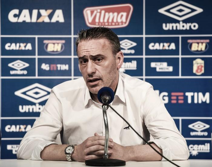 Paulo Bento pretende adotar rodízio no Cruzeiro e garante usar pressão como motivação