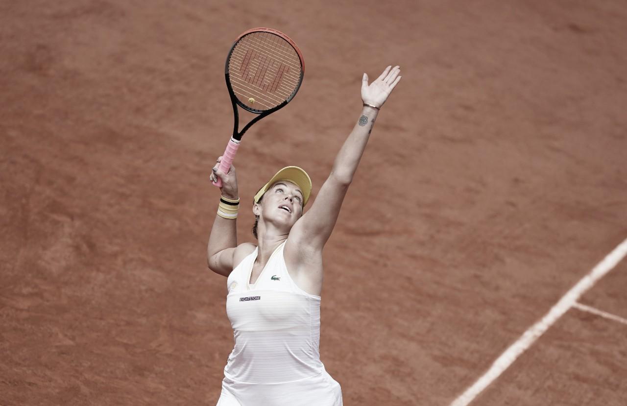 Pavlyuchenkova vira contra Azarenka e volta às quartas em Roland Garros após dez anos