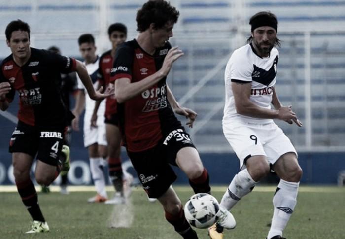 """Vélez Sarsfield 2 - 0 Colón, puntuaciones del """"Fortín"""""""