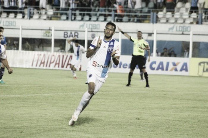 Na estreia de Dal Pozzo, Paysandu vence Avaí com gol irregular e deixa Z-4