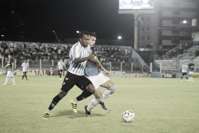 Londrina vence fora de casa e aumenta sequência sem vitórias do Paysandu