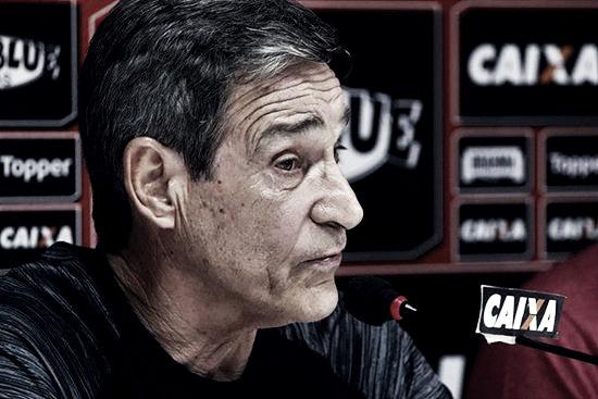 Carpegiani pede uso do VAR no Brasileirão após erros de arbitragem na derrota para o Inter
