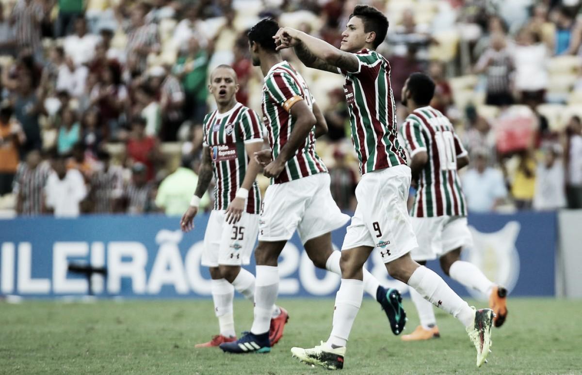 Fluminense supera expulsão, vence Cruzeiro e conquista primeira vitória no Brasileiro