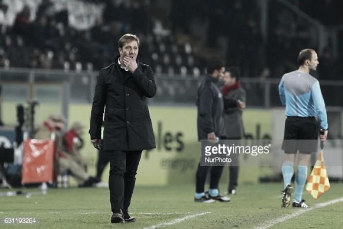 "Pedro Martins: ""Este Vitória de Setúbal es de los equipos que mejor juega en Portugal"""