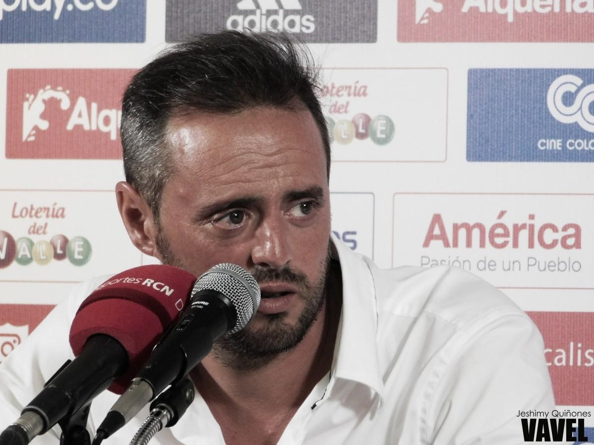 """Pedro Santos: """"Los escucho a todos, pero las decisiones las tomo yo"""""""