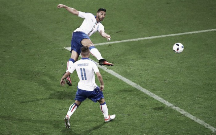 Itália marca um gol em cada tempo e bate Bélgica na estreia da Eurocopa