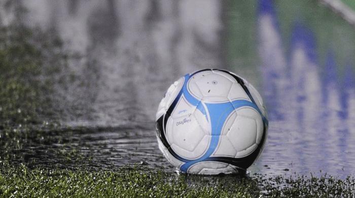 ¿El fútbol juega el mismo partido que la educación?
