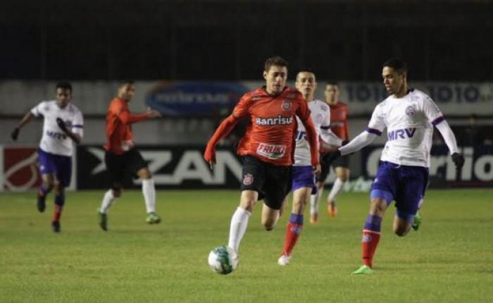 Brasil de Pelotas bate Bahia com gol no fim e volta a se aproximar do G-4