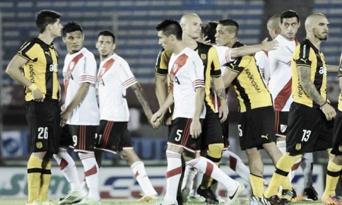 Amistoso contra Peñarol