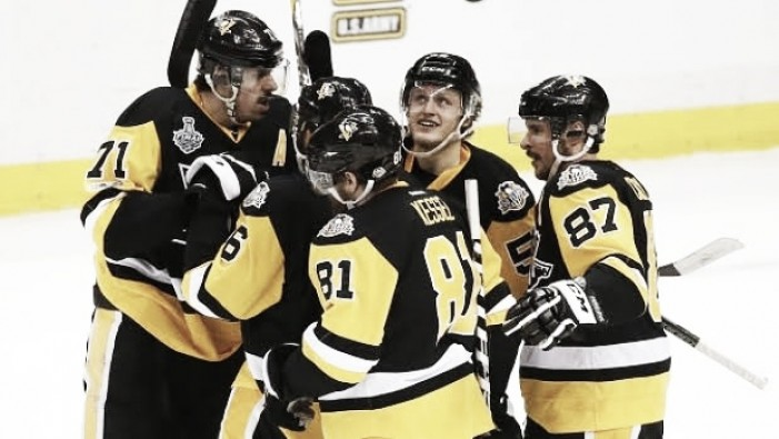 Stanley Cup Final: Pittsburgh Penguins win wild Game 1 over Nashville Predators