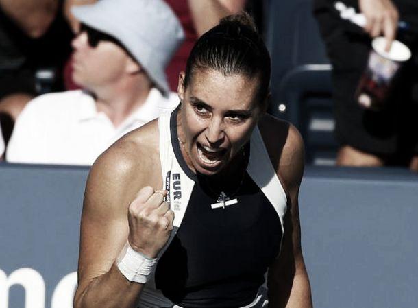 WTA Pechino, Pennetta soffre ma batte la Pereira