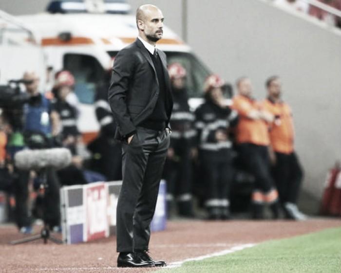"""Guardiola celebra atuação do City após goleada e exalta Agüero: """"Estava focado no jogo"""""""