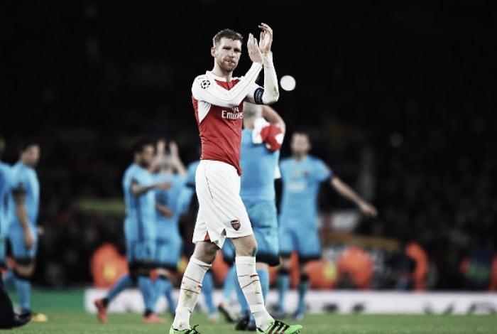Mertesacker insists Gunners will not wallow in self-pity following Barça defeat