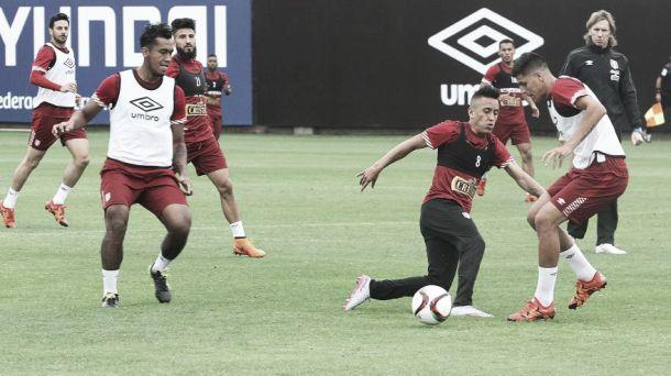 La selección peruana se alista para su juego ante Colombia