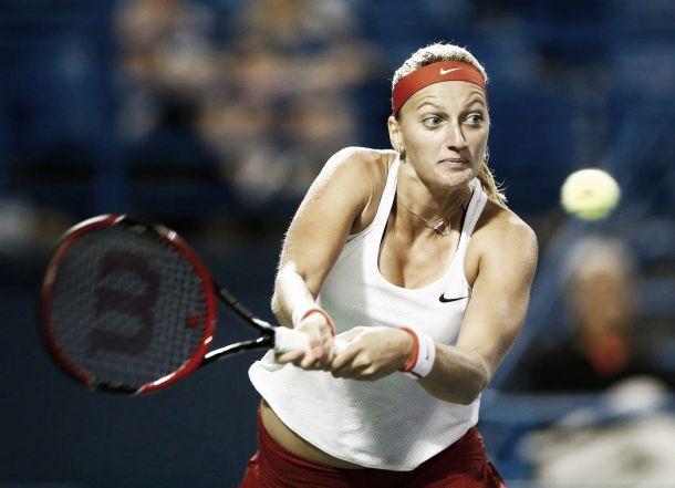 Kvitova se impone en el duelo de titanes a Safarova
