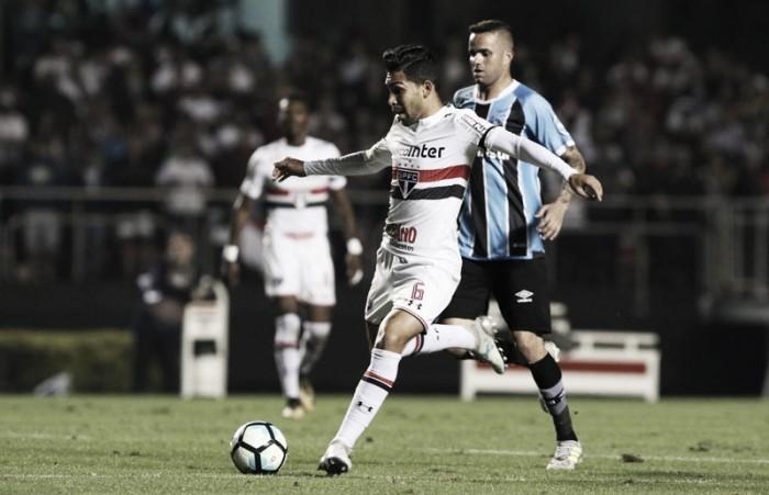 Após empate, Petros acredita em apoio da torcida para São Paulo subir na tabela
