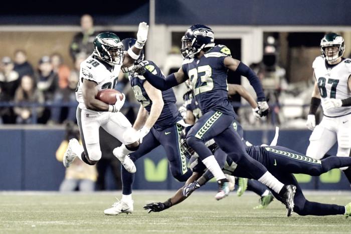 Seattle detiene el vuelo de los Eagles