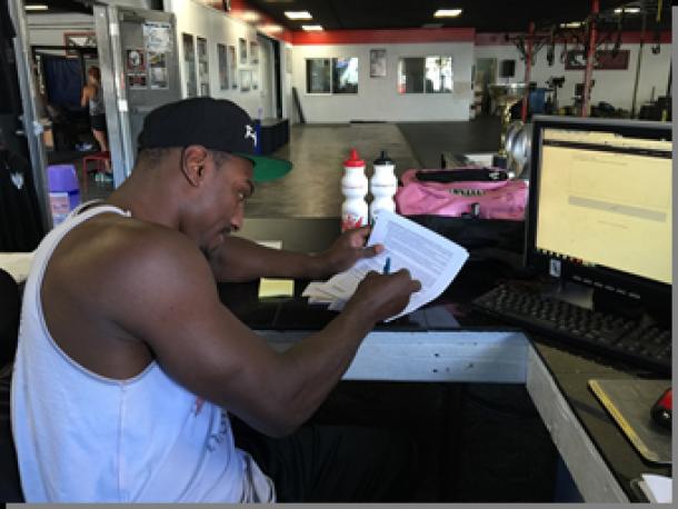 """Mr. Wonderful"" Phil Davis Signs Multi Fight Deal With Bellator MMA"