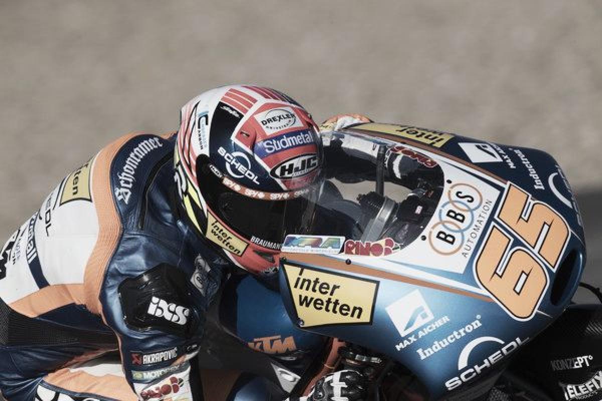 Oettl se lleva la victoria en Jerez con Marcos Ramírez en el podio
