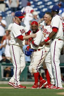 Los Phillies evitan la barrida
