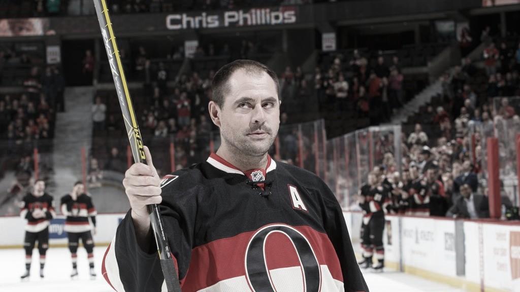 Senators retirarán el número 4 en honor a Chris Phillips