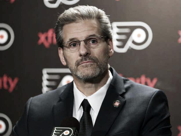 Los Philadelphia Flyers despiden a su General Manager Ron Hextall