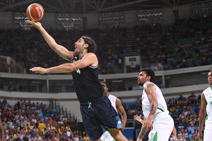 Com grande atuação de Luis Scola, Argentina vence a segunda seguida e lidera o grupo B