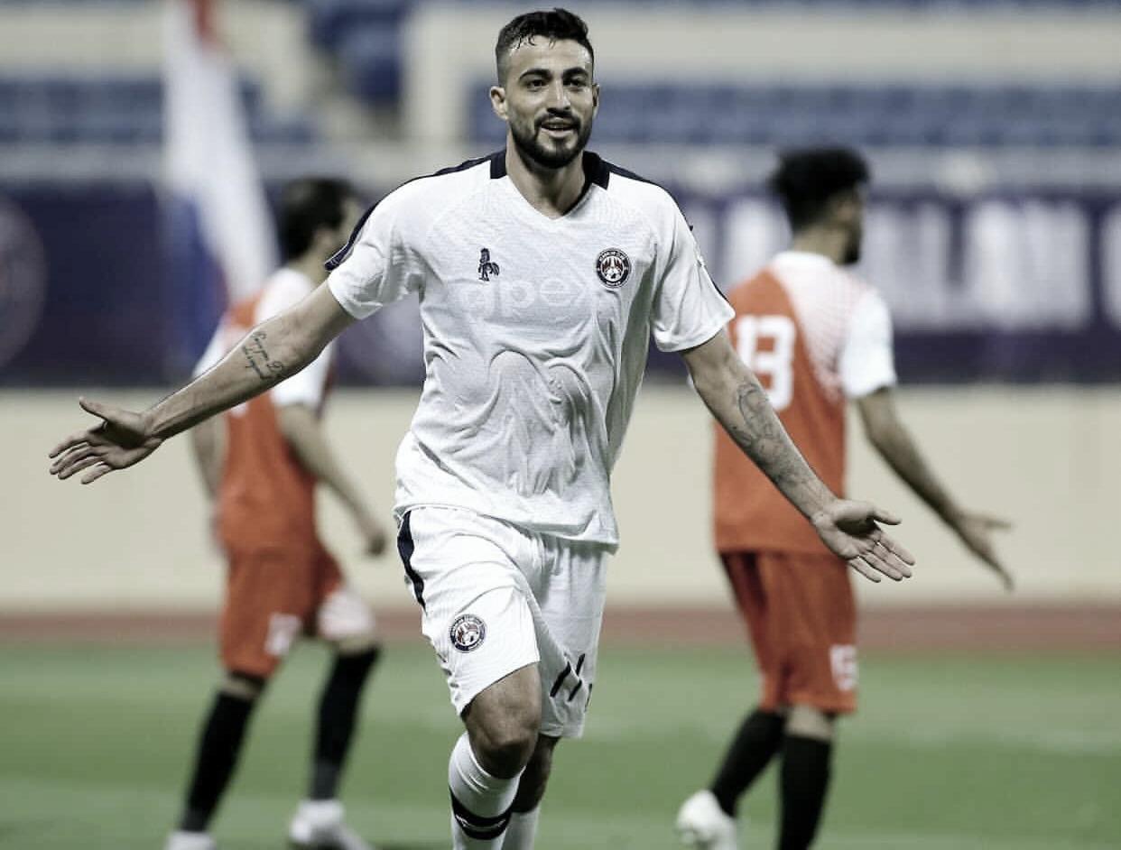 """Com bons números no Al-Adalah, Everton diz viver """"melhor temporada da carreira"""""""