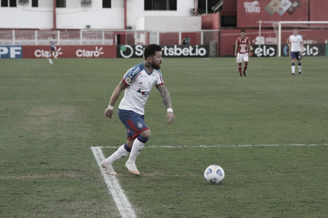 Rossi reclama da arbitragem e estádio com torcedores após vitória do Bahia
