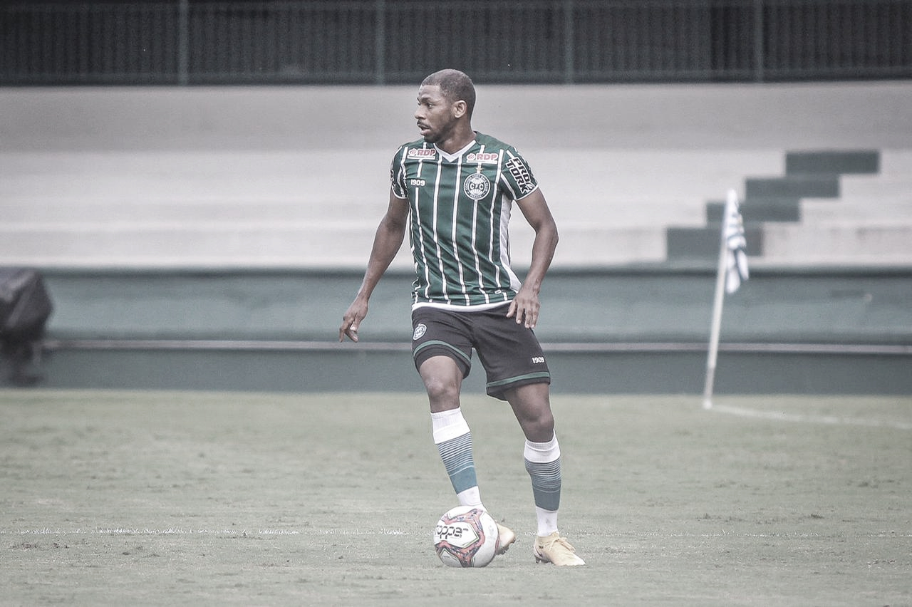 Waguininho comemora boa fase do Coritiba e mira manutenção de sequência positiva na Série B