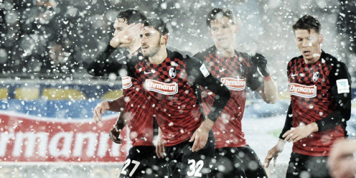 SC Freiburg 2-1 RB Leipzig: Snowy surroundings as the 2. Bundesliga title race blown wide open
