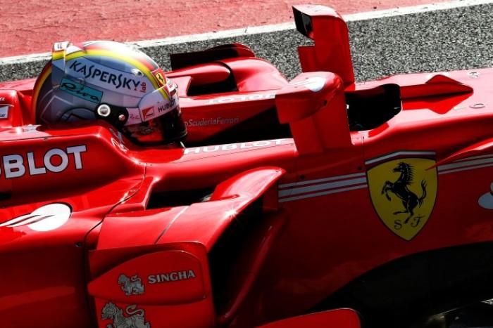 F1- Si anima il duello: Vettel conduce alla fine del Day3