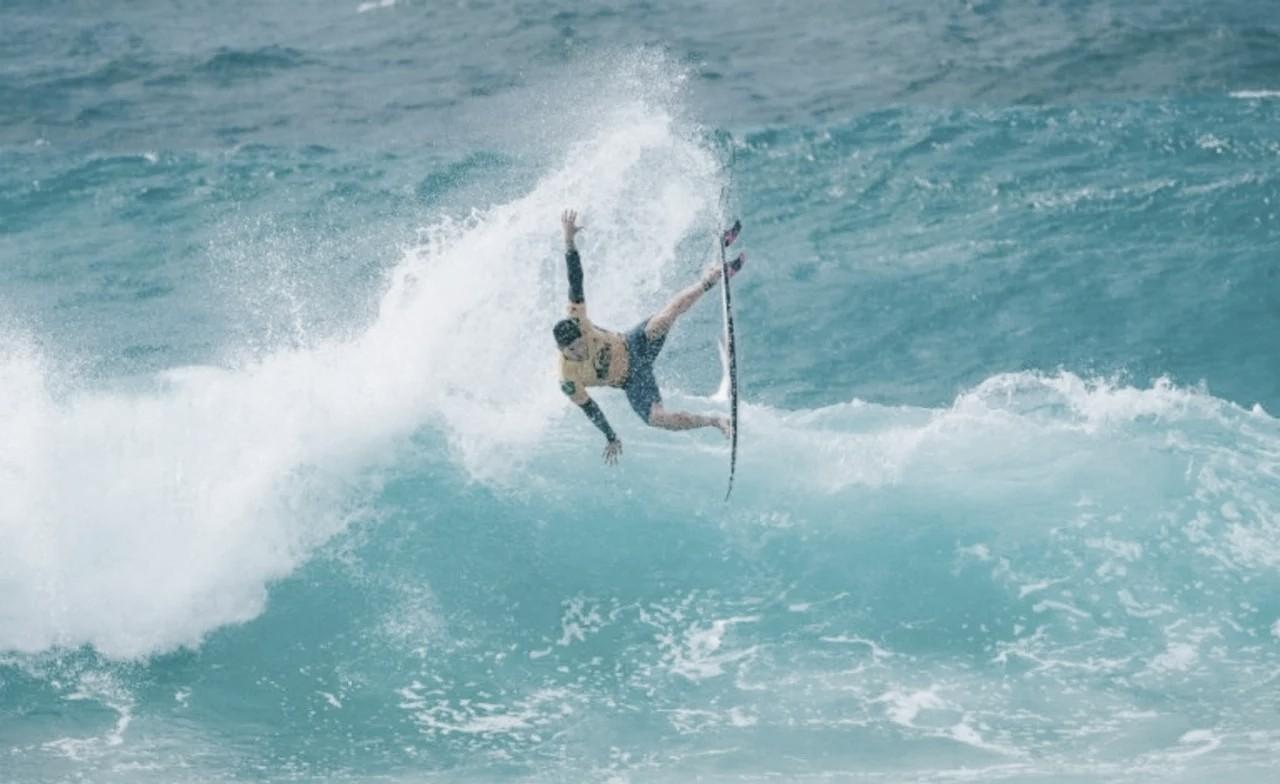 World Surf League adia competições para fim de junho e anuncia novidade para 2021