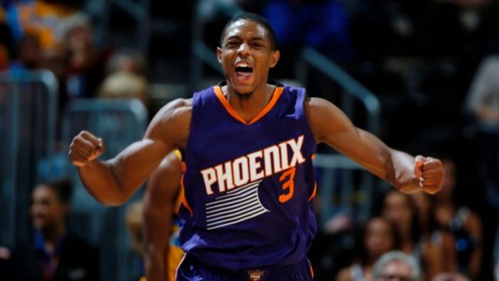 NBA - I Suns battono sul finale gli Hawks. Portland facile contro Indiana