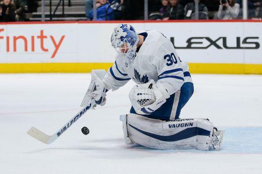 Philadelphia Flyers add Calvin Pickard to goalie mix