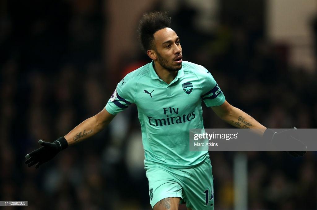 Watford 0-1 Arsenal: Gunners squeeze past ten man Watford