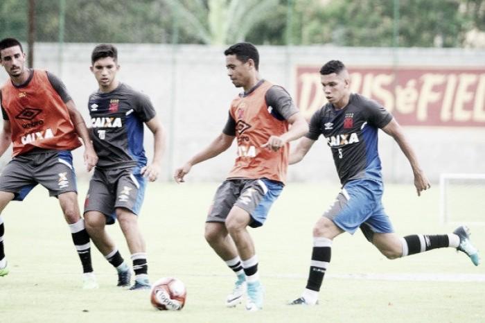 Visando início das competições, elenco do Vasco faz treinamentos em Vargem Grande