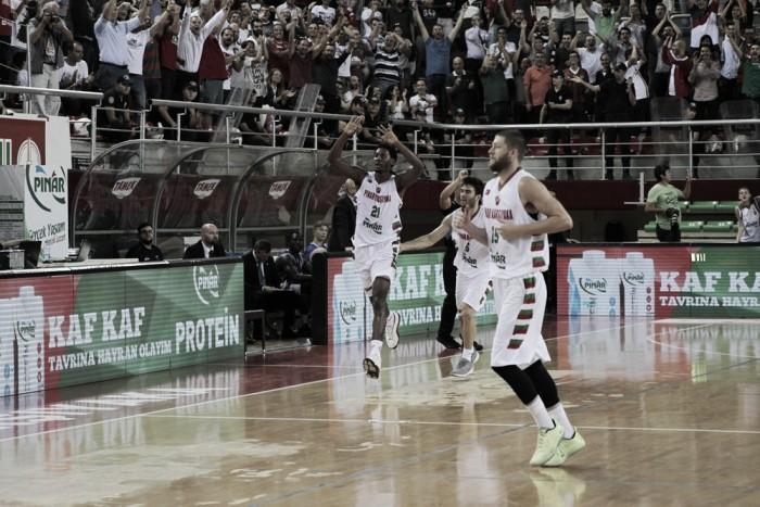 Basketball Champions League - Il Pinar Karsiyaka espugna Sassari nel finale (88-87)