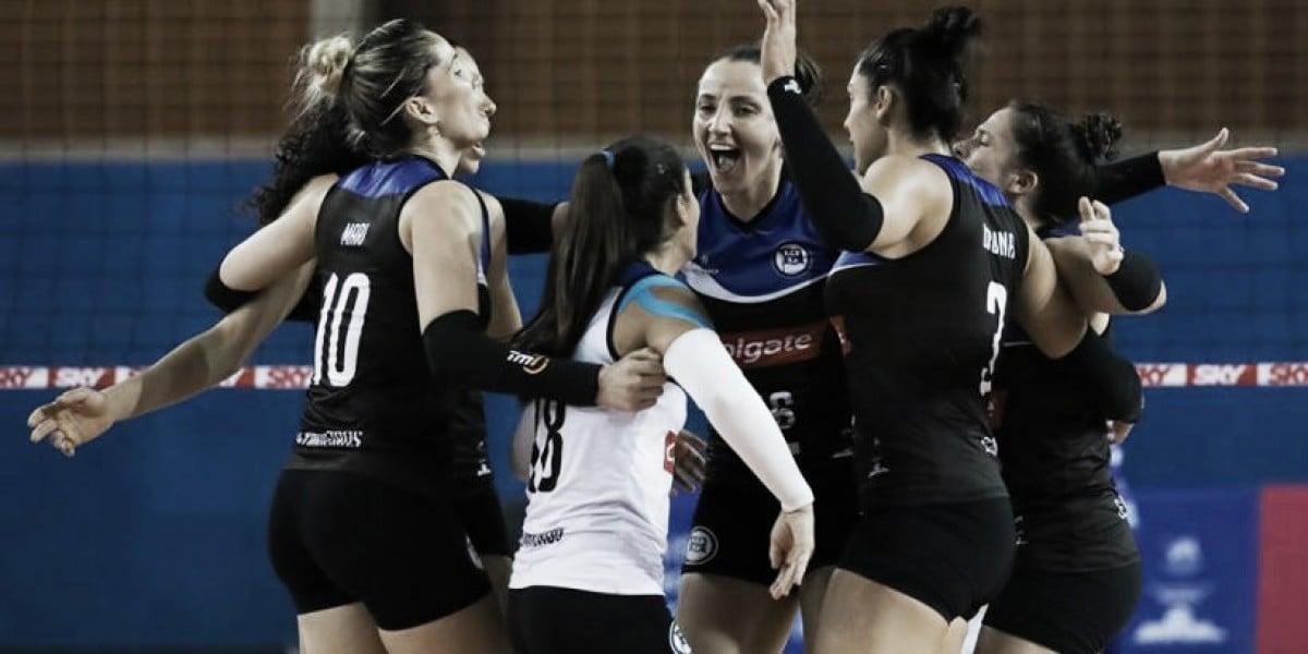 Pinheiros bate Brasília e conquista última vaga dos playoffs da Superliga Feminina