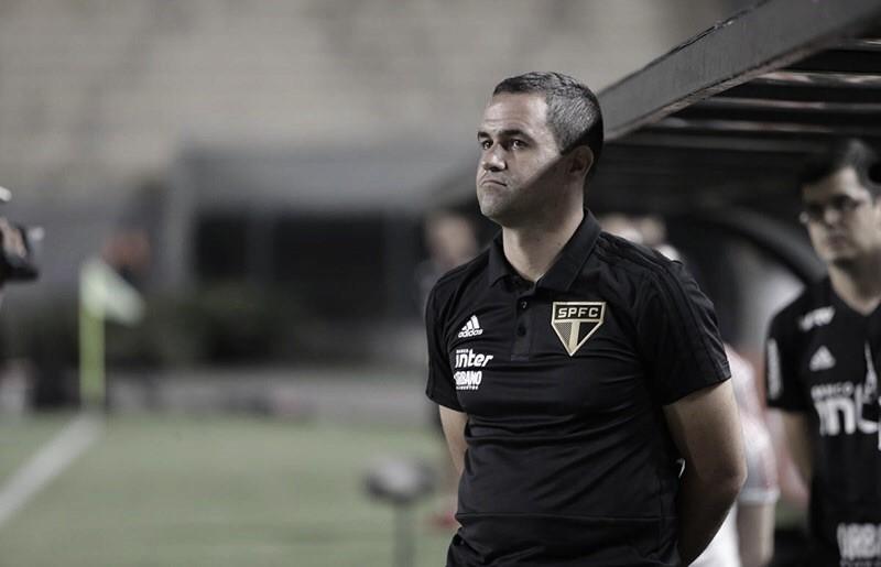 """Apesar da derrota, Jardine aprecia desempenho do São Paulo: """"Postura aguerrida"""""""