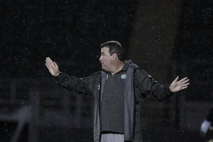 """""""Não ganhamos por acaso"""", diz Pintado após primeira vitória da Chapecoense no Brasileiro"""