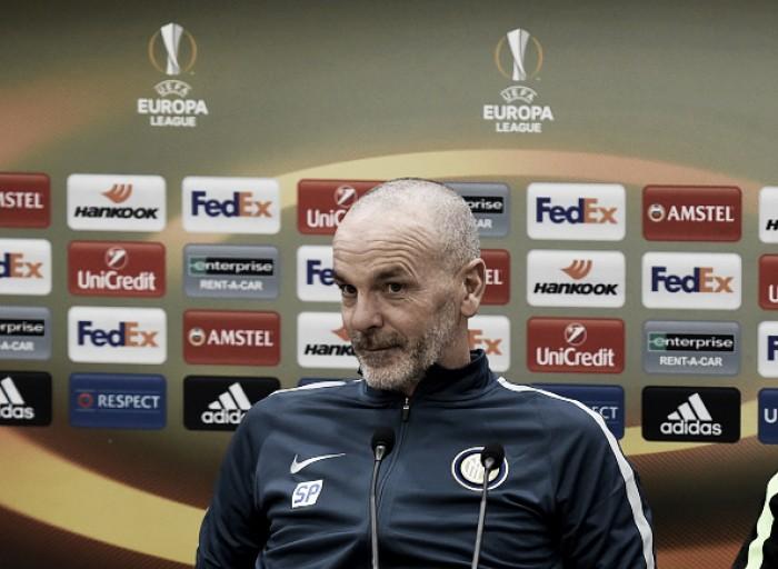 Técnico Pioli classifica Inter como 'presunçosa' após eliminação na Europa League