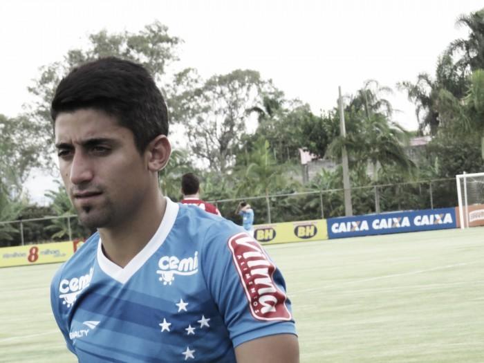 Delamore arma Cruzeiro com Léo e Pisano no time titular para enfrentar Londrina