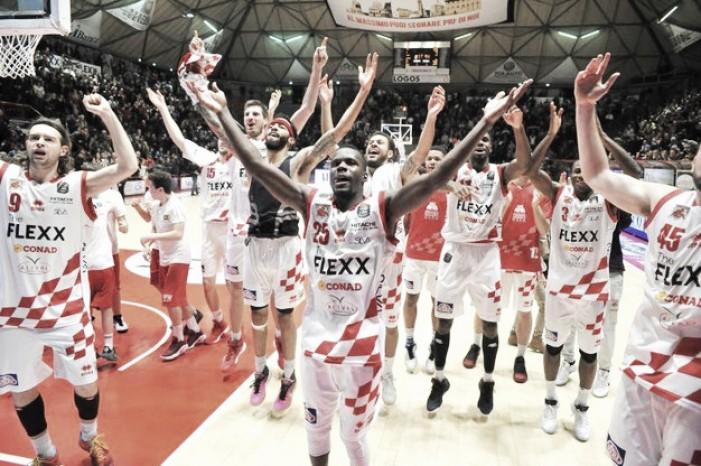 Legabasket Serie A - Pistoia esonda, Capo d'Orlando demolita (91-69)