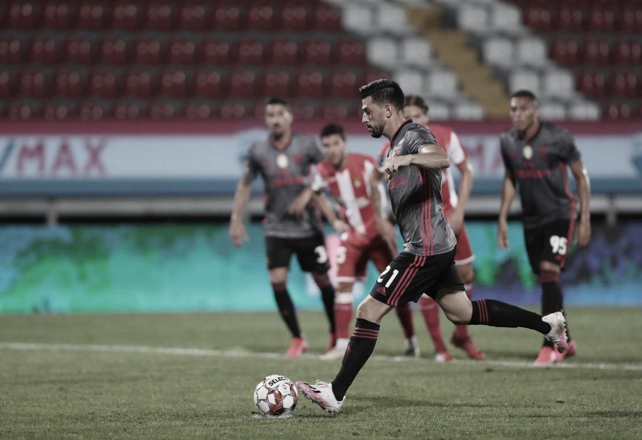 Em jogo com ameaça de W.O., Benfica goleia Desportivo das Aves