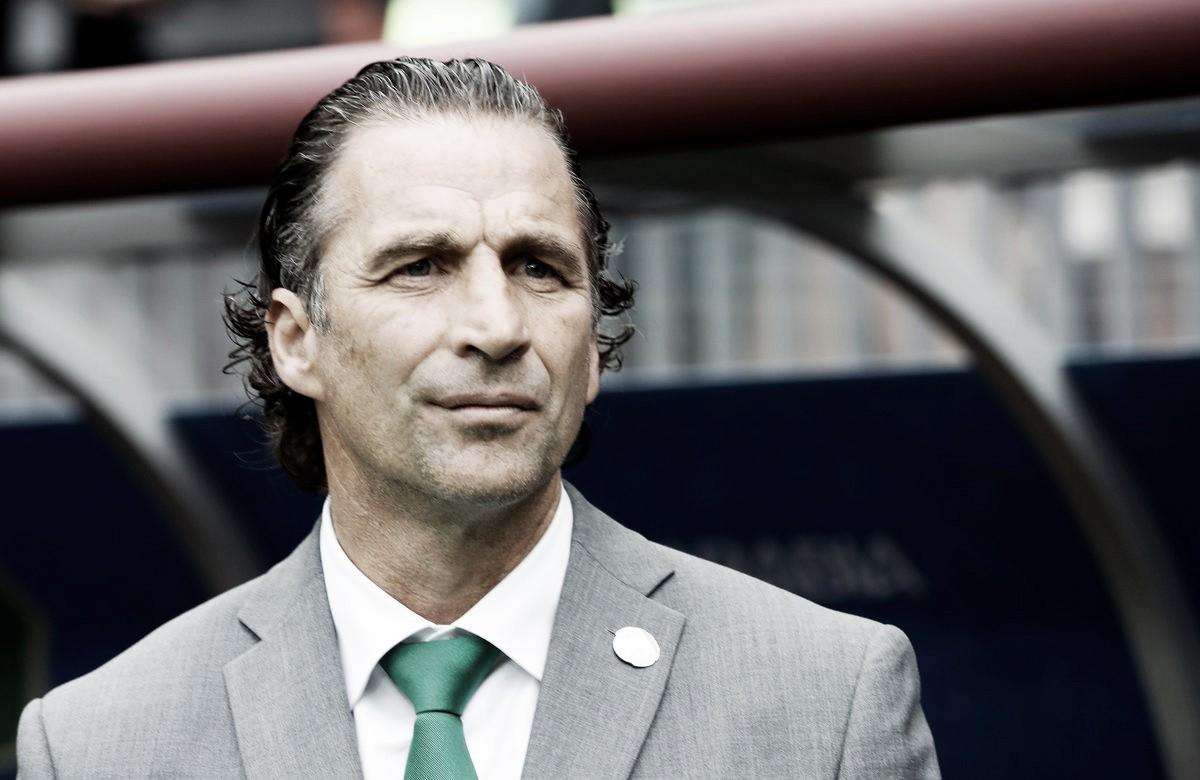 Juan Antonio Pizzi salió avergonzado por la goleada que recibió Arabia Saudita