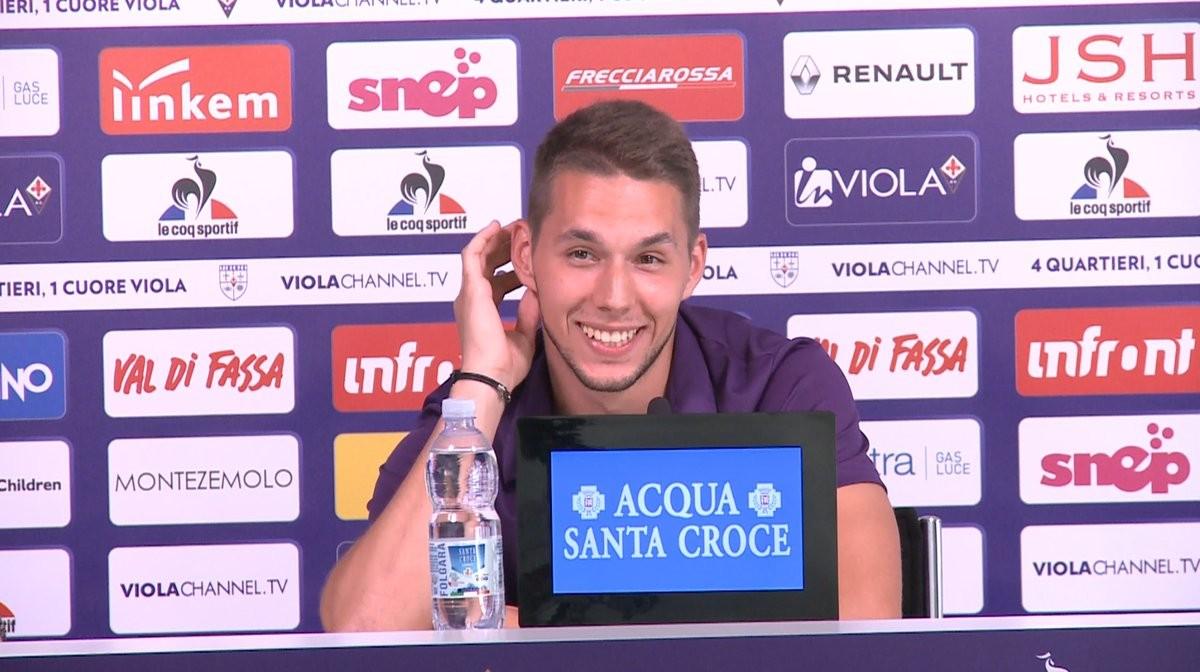 """Fiorentina, ecco Pjaça: """"Che onore la 10, darò il massimo"""""""