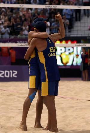 Herrera y Gavira consiguen la primera victoria